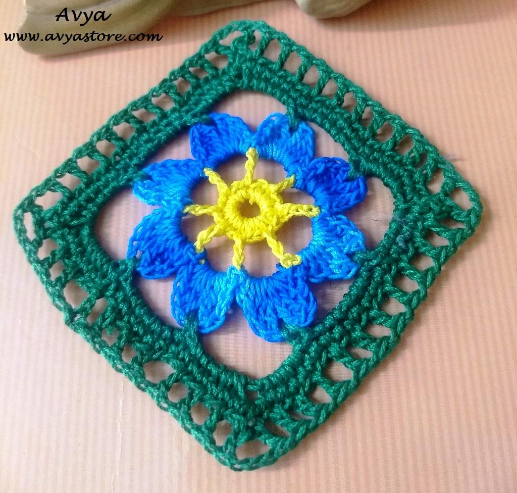Flower In the Frame._Avya_28.06 (2)