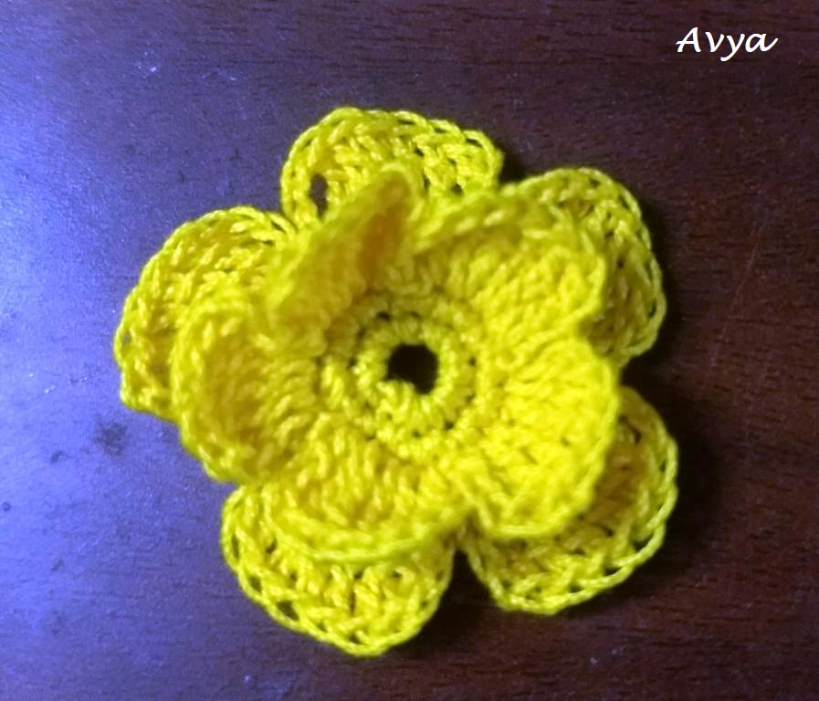 Crochet Wedding Boutonniere Flower, Leaf Motif_23.07 (1)