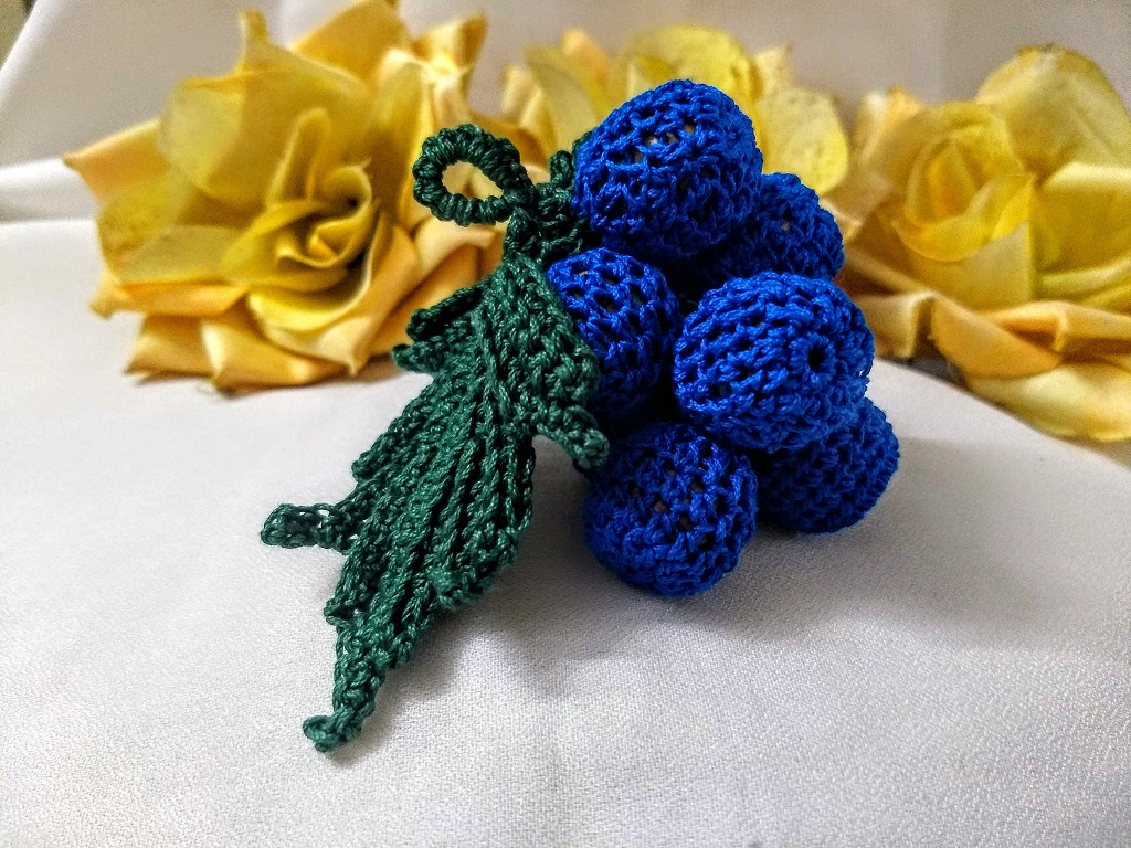 Crochet Grapes Keychain It With Flowers S Found A Few Patterns Was Made As Customized Order For Lovely Friend This Is Free Pattern Easy To Make The Simple Instructions