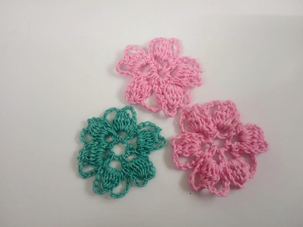 Easy-Crochet-Flower-Design-1_Avya17092020-7