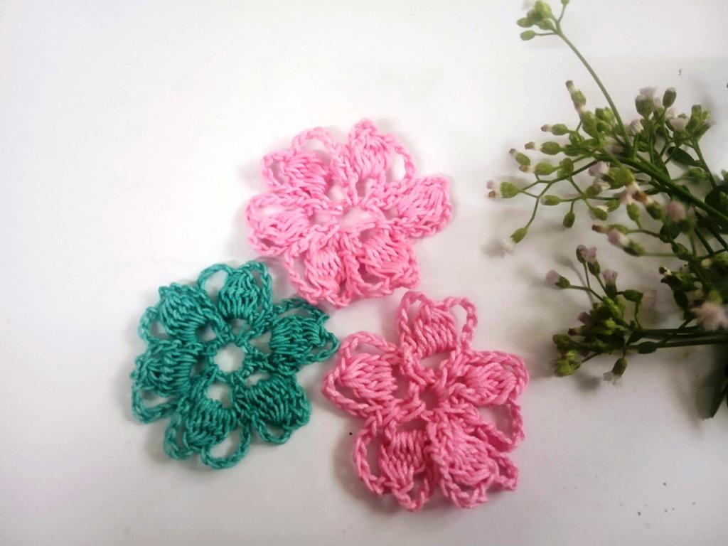 Easy-Crochet-Flower-Design-1_Avya17092020-9-1