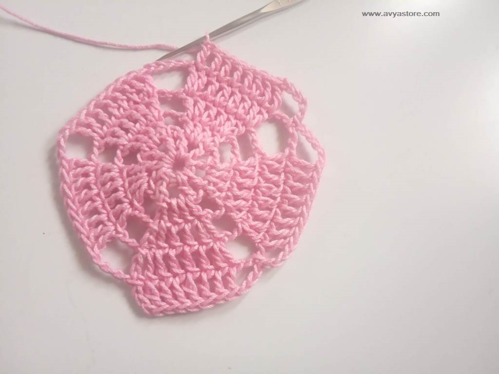 How To Crochet Pentagon Motif - Free Pattern and Instructions