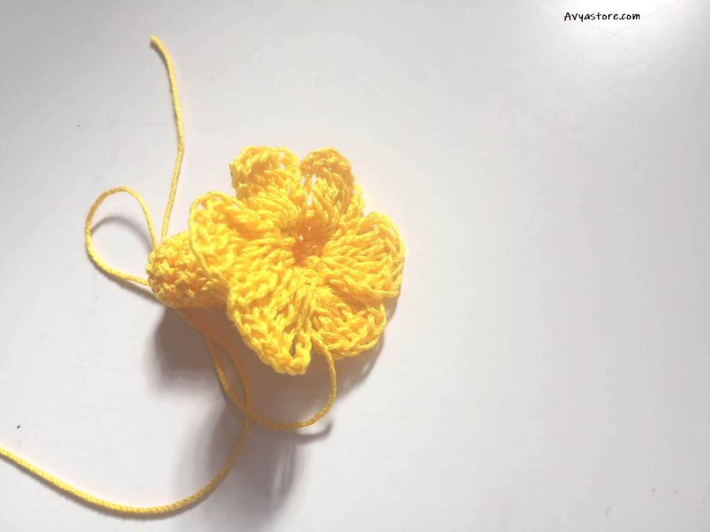 How to crochet Yellow Bellflowers – Free Pattern_Avya_20112020 (16)