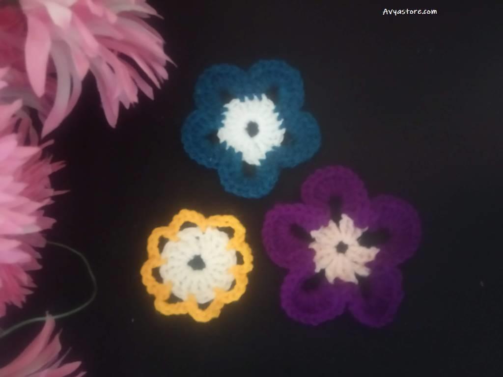 Beginner's Crochet Flower Motifs – Three Free Patterns (2)