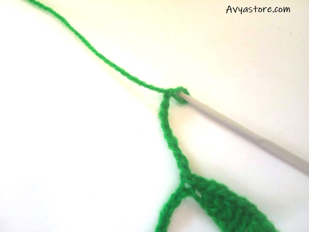 Crochet Leaves Bookmark - Free Pattern