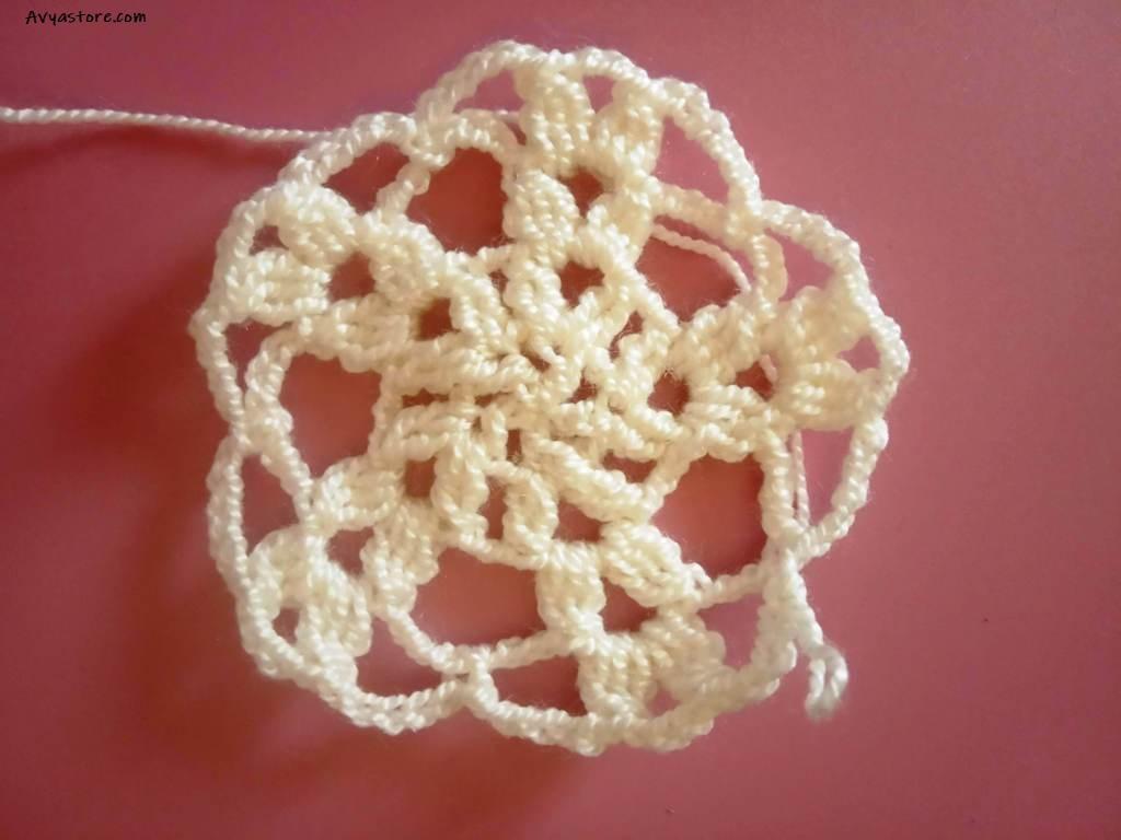 How to Crochet Large Flower Motif – Free Pattern (11)