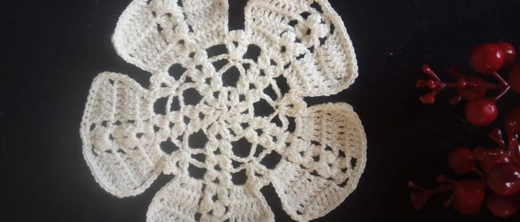How to Crochet Large Flower Motif - Free Pattern