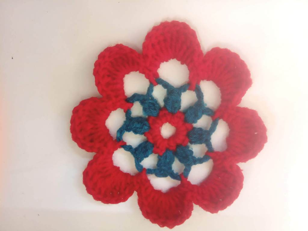 How to Crochet Tricolor Placemat – Free Pattern (11)