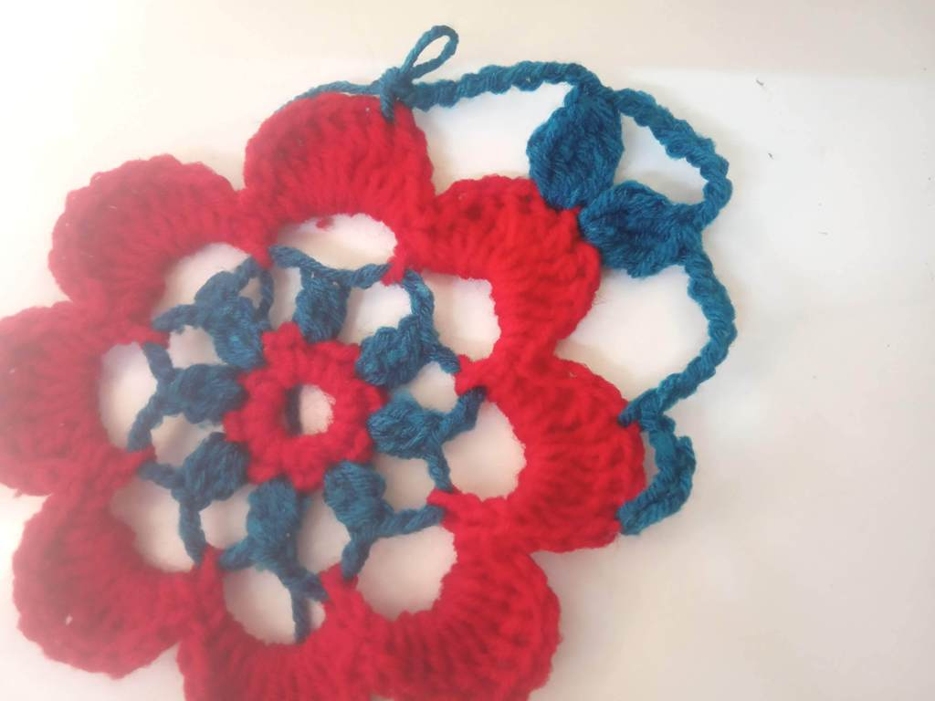 How to Crochet Tricolor Placemat – Free Pattern (13)