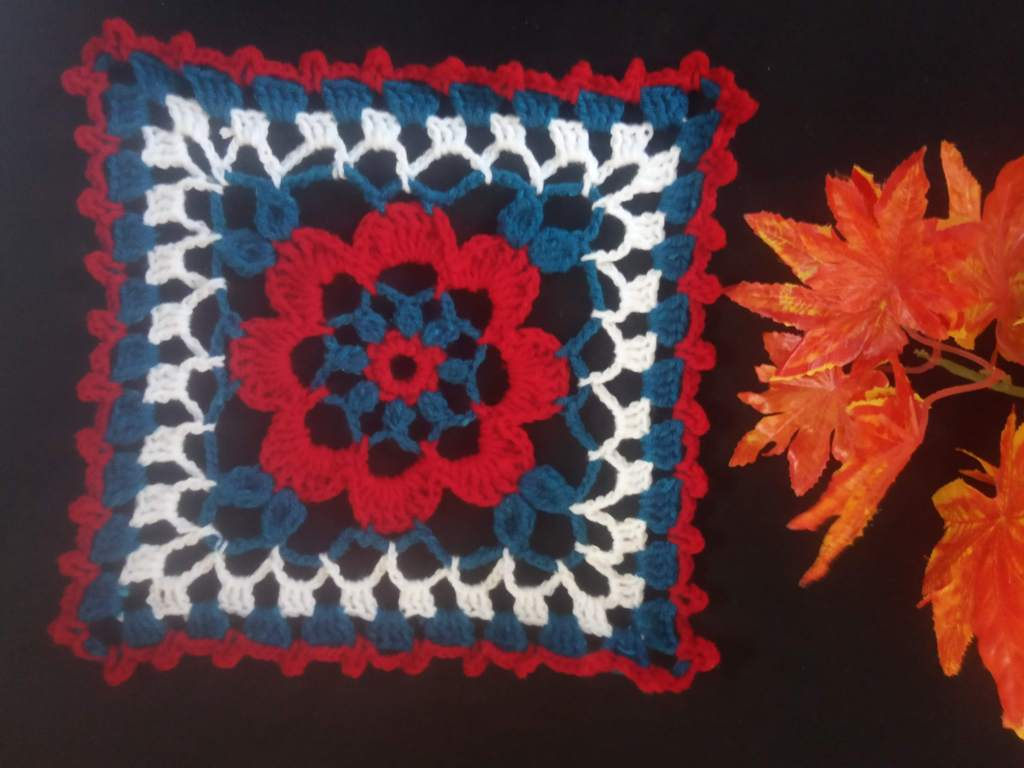 How to Crochet Tricolor Placemat – Free Pattern (31)