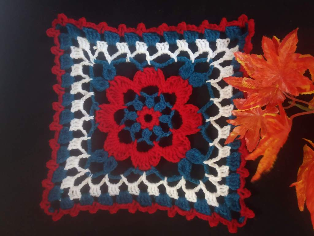 How to Crochet Tricolor Placemat – Free Pattern (32)