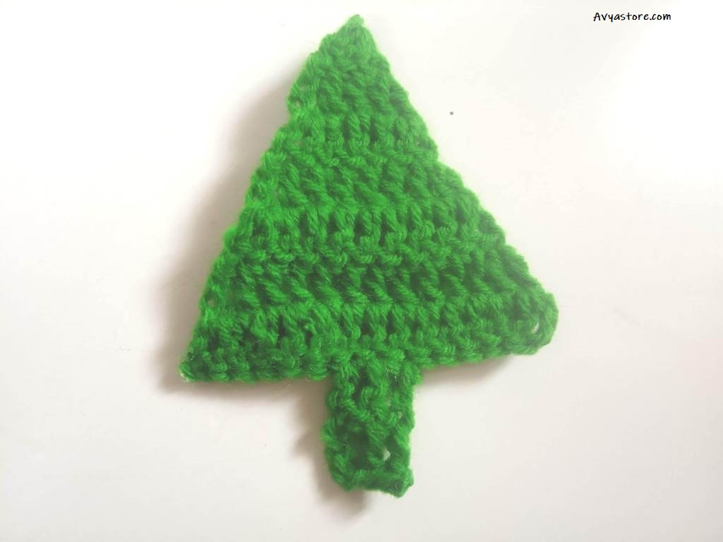 How to crochet an Applique Christmas Tree (22)