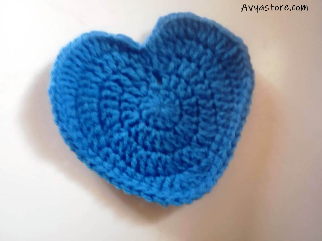 How to Crochet Heart-Shaped Coaster - Free Pattern & Instructions
