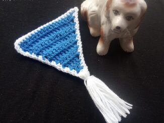 How to Crochet a Triangle Party Banner - Free Pattern